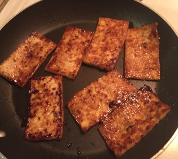 Tofu with glaze.