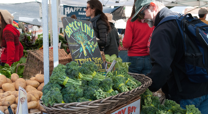 farmers-market-temescal-oakland-food-tour-broccolini.jpg