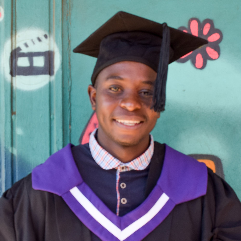 Daniel Senoge  Richfield Graduate Institute of Technology, Information Technology, MTN, Call centre agent
