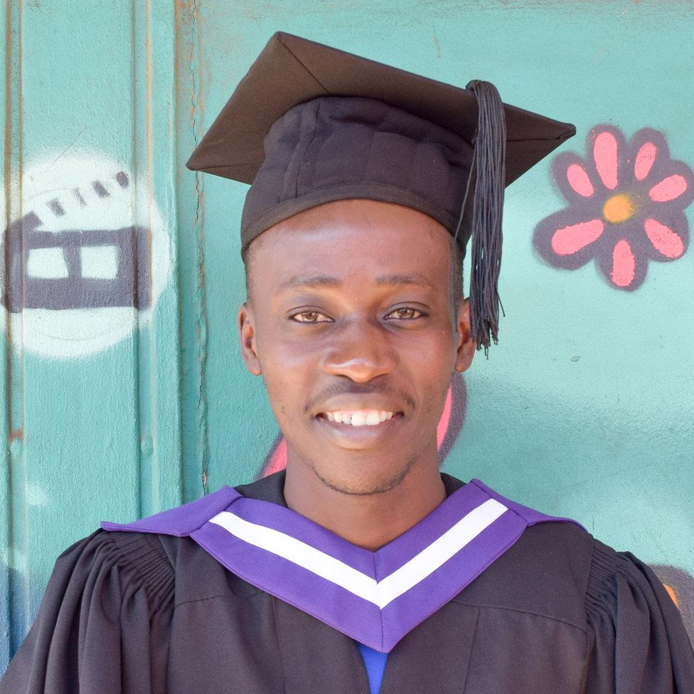 Nkosana Simango  Richfield Graduate Institute of Technology, Business Administration, Shapiro Associates, Call centre agent