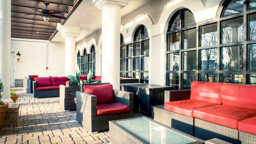 rduak-patio-0080-hor-wide.jpg