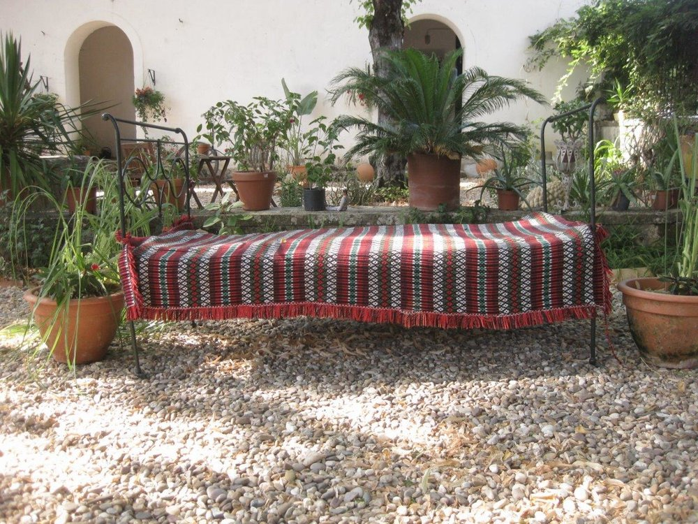 DayBed1-small.jpg