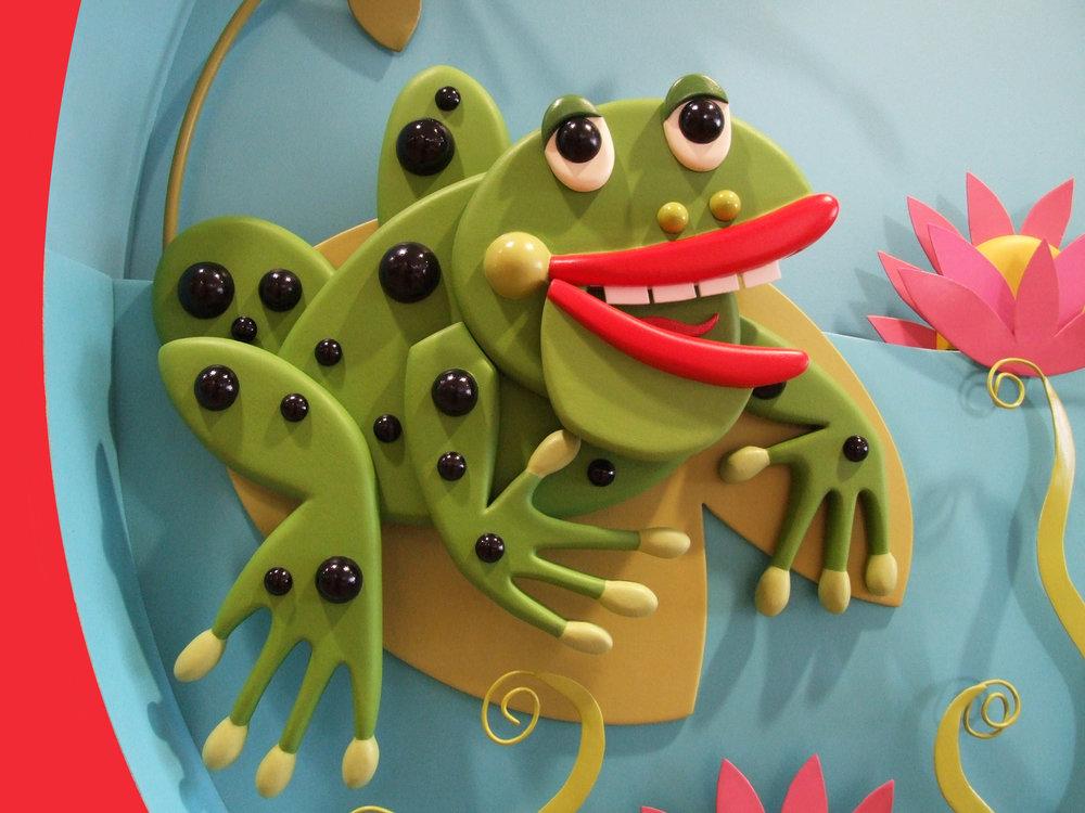 Happy Hands detail 1 - frog