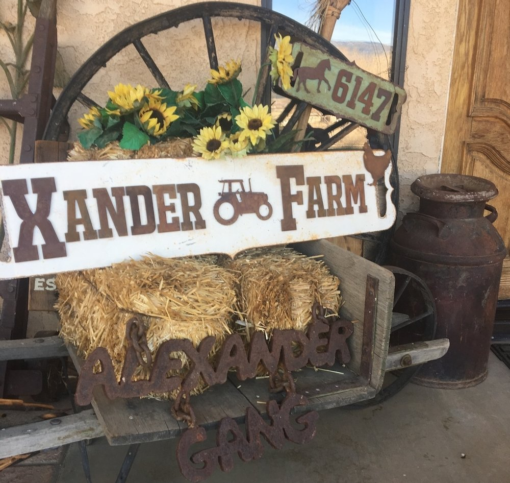 farm-rustic-metal-sign.JPG