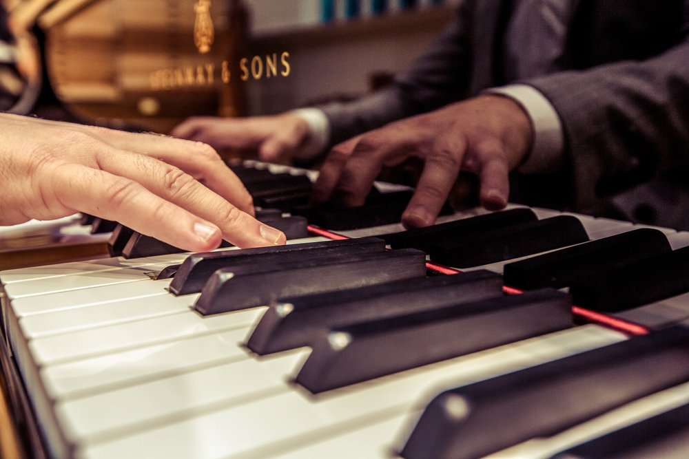 Nicolae Mihaila, London pianist, photo by Cristina Schek (4).jpg