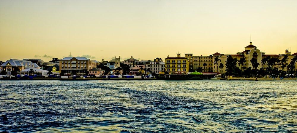 Nassau fica na New Providence Island