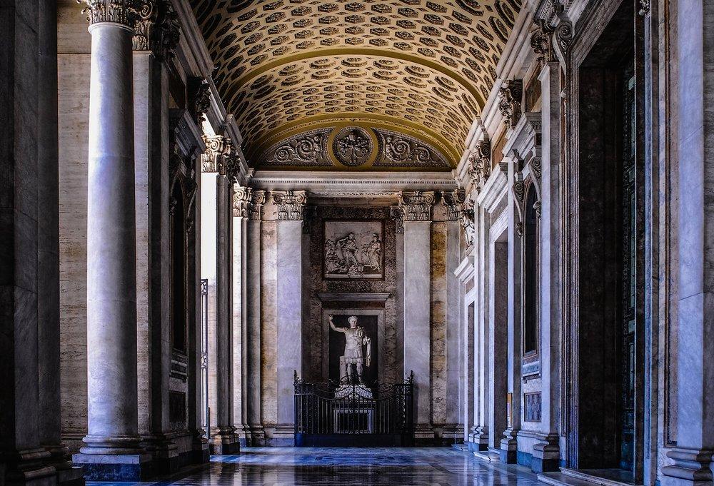 Roma, Basilica di San Giovanni in Laterano (Basílica de São João Latrão), Porticus - Foto de Polybert
