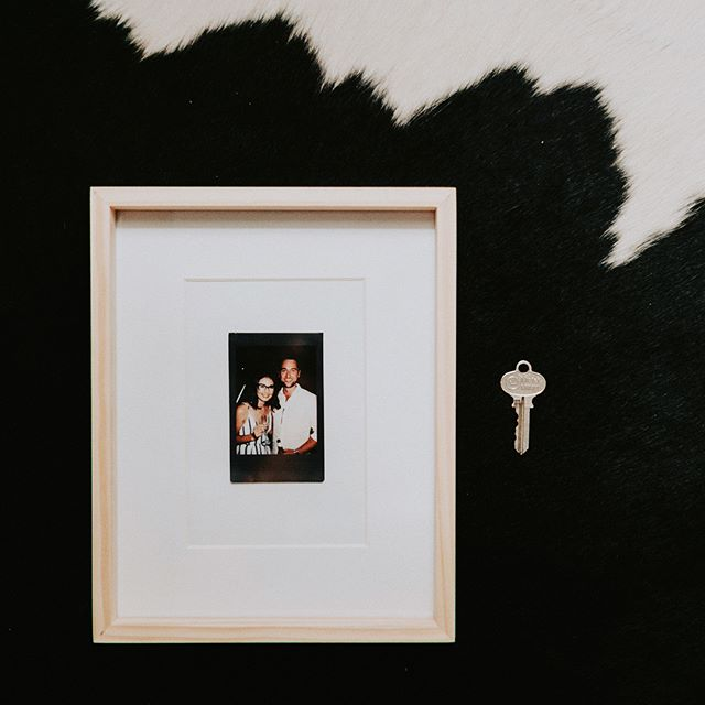 This photo frame will be the first memory Ian and I will proudly hang up in our first home!! 🏠 As all the stress and anxiety of purchasing a home finally settles, we are so incredibly excited to share this exciting milestone in our lives with every one! ❤️ We are soooo grateful for our families for all their love and support in this process. Can't wait to have every one over for a celebratory drink 🥂 #whatayear #firsthomebuyers