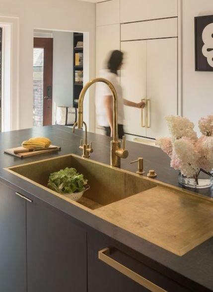fancy sink.JPG