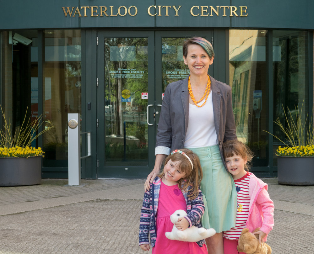 ten-girls-cityhall-web.jpg