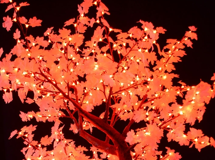 Specially designed for the event industry, the White Maple Light Tree with Remote Control 8 Colors Changing are easy to style; whether a concert, bar, restaurant or a late night venue. The white leaf enables a spotlight of color to be thrown onto the tree, making it ideal for events with a specific color scheme.