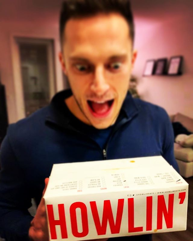 Real news! @howlinrays is the BEST fried chicken of all time! 🍗😛