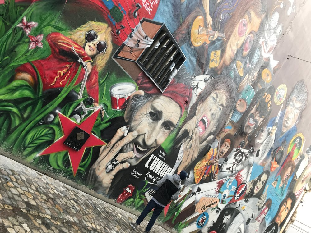 Awesome mural of musical giants -
