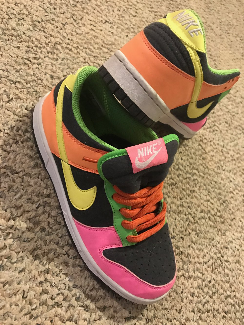 $50 LIKE NEW Nike Dunk SB Low - Size 7.5 YOUTHA few dance studio scuffs but still in great condition with Orange SB lacesRetail: $125