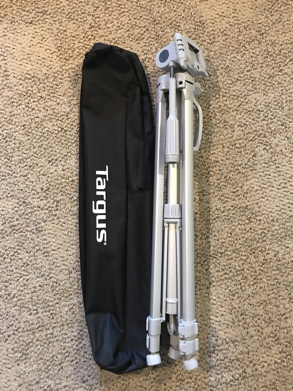 $10 LIKE NEW Targus Tripod - extends to 66''. Has contributed toward some of our best dance memories - the ComeUp Workshops, the Pack't Choreo projects, and more :)RETAIL: $20