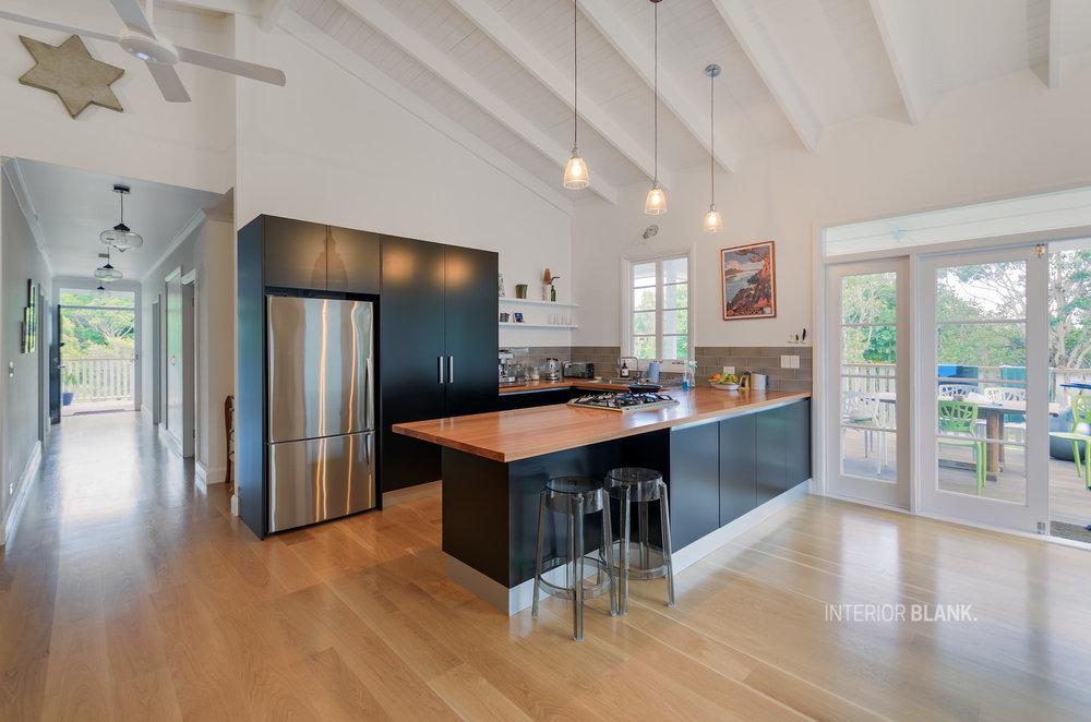 Shiller-black-kitchen-2.jpg