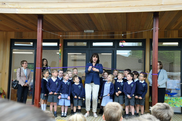 Claire Perry MP opens new clasroom