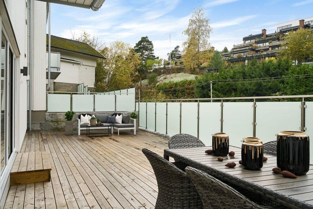 Real-estate-photo-editing-exterior-classic (3).jpeg