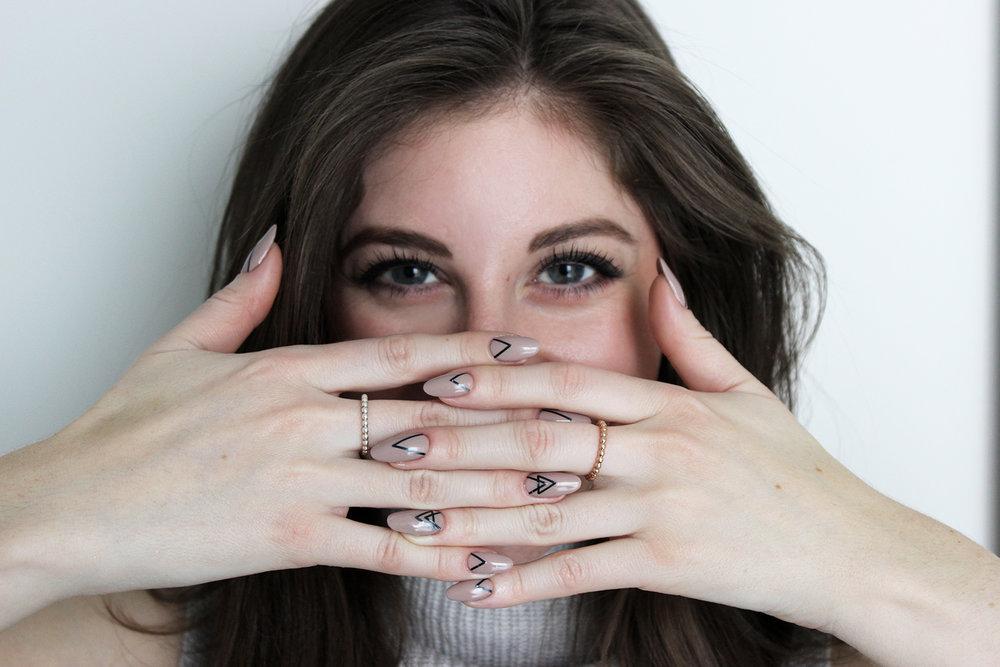 Lauren Y - Profile Pic.jpg