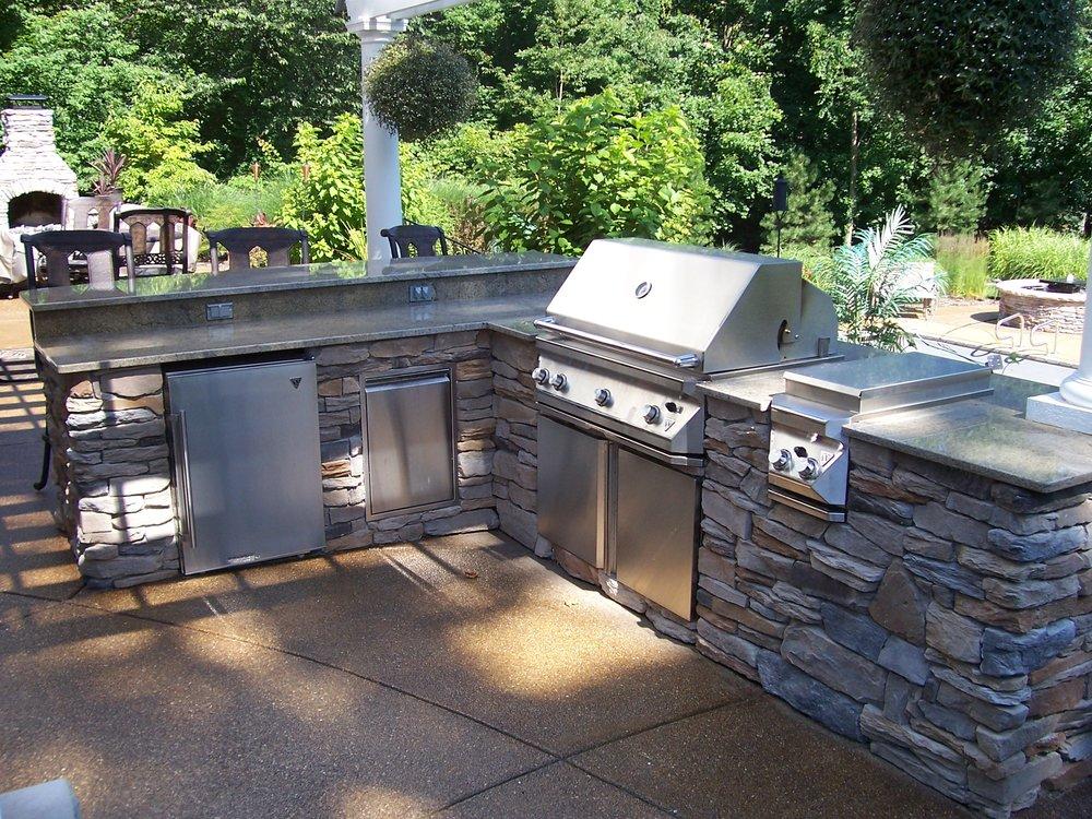 Outdoor Granite Bar 3