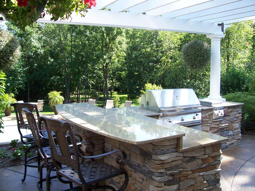 Outdoor Granite Bar 1