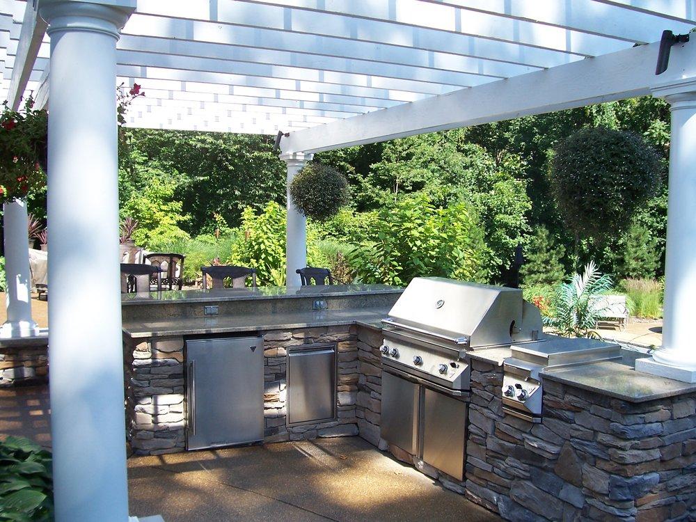 Outdoor Granite Bar 2