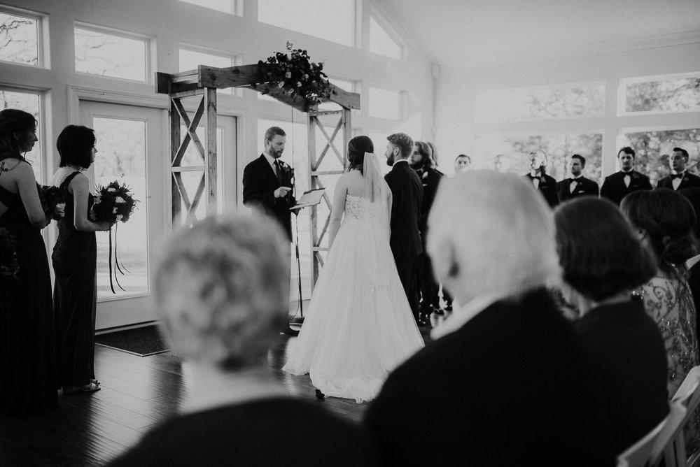 Dallas_Fort_Worth_wedding_Photographer_lone_star_mansion_burleson_texas_77