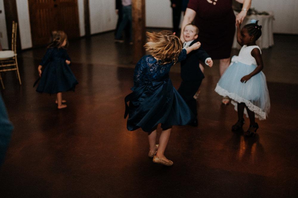Dallas_Fort_Worth_wedding_Photographer_lone_star_mansion_burleson_texas_130