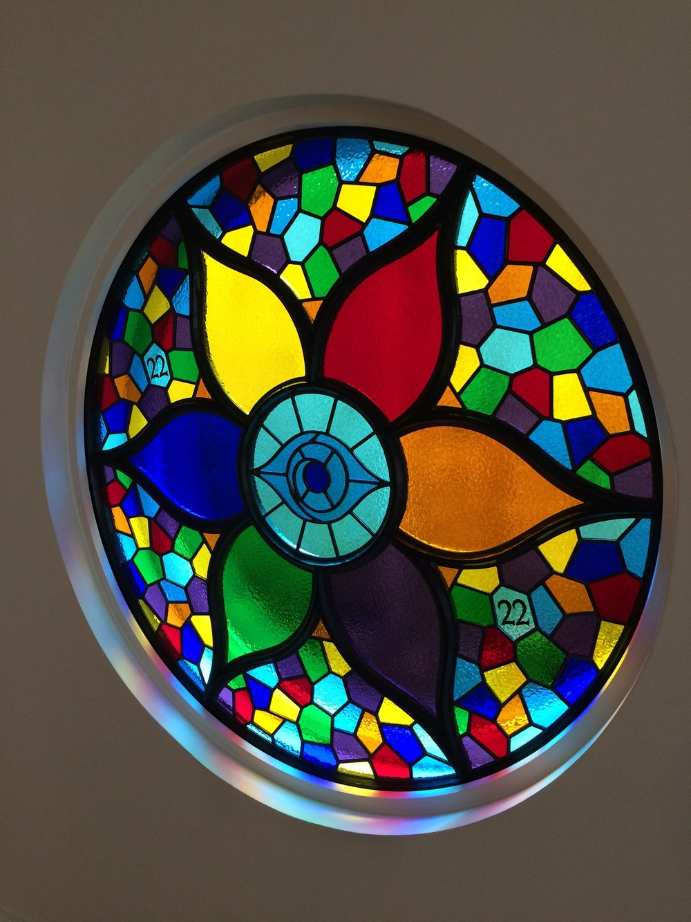 Circular frame with stained glass