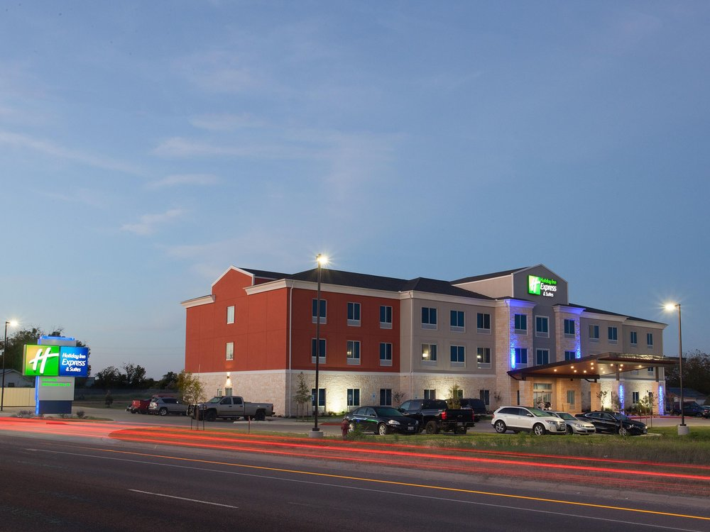 Holiday Inn Express - Address: South, 2904 TX-36, Gatesville, TX, 76528Phone: (254) 404-9121