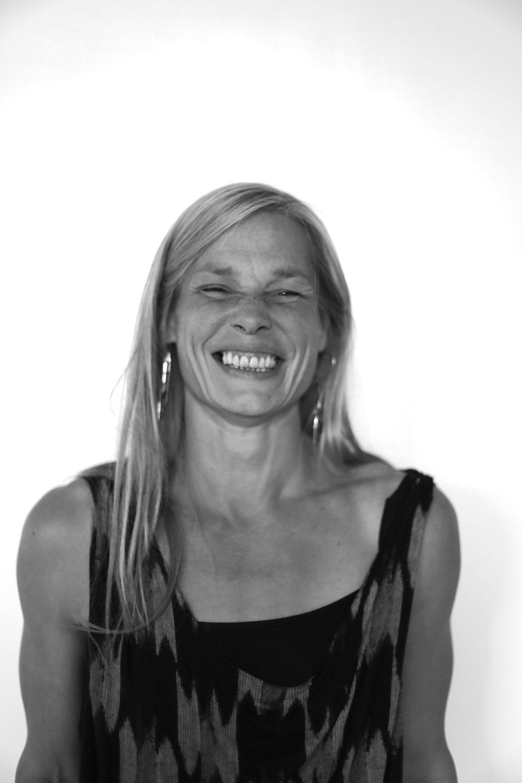Sara Andersen  Oldfrue