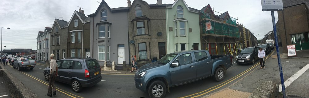 7 Bay View, Pwllheli: The house with scaffolding. Still seems to be a rather grim guest house of some kind...