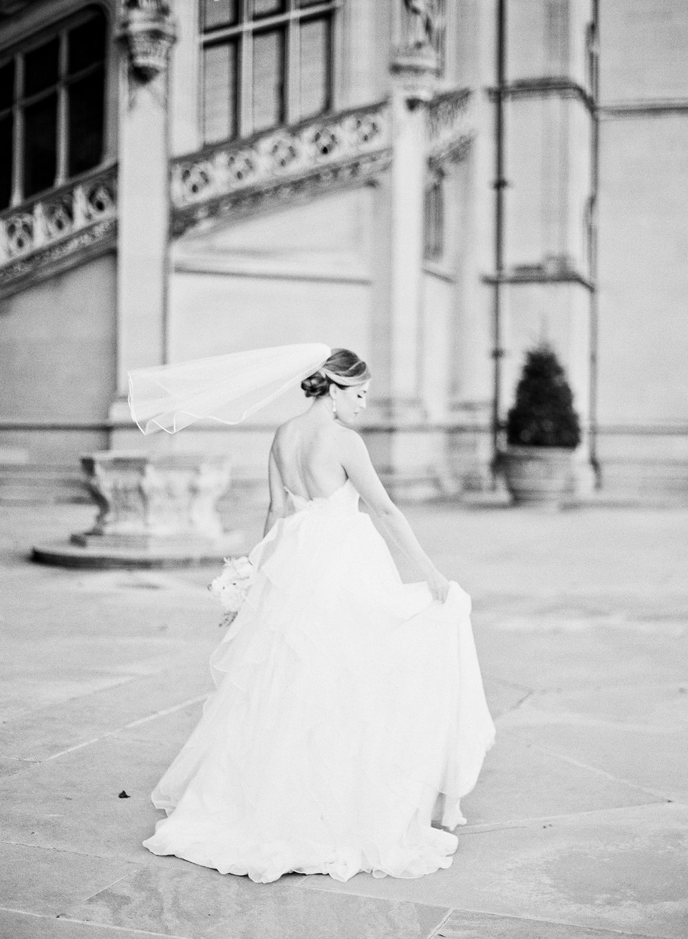 Michelle-March-Photography-Wedding-Photographer-Biltmore-Estate-Asheville-North-Carolina-Romantic-Film-Photo-Vintage-12