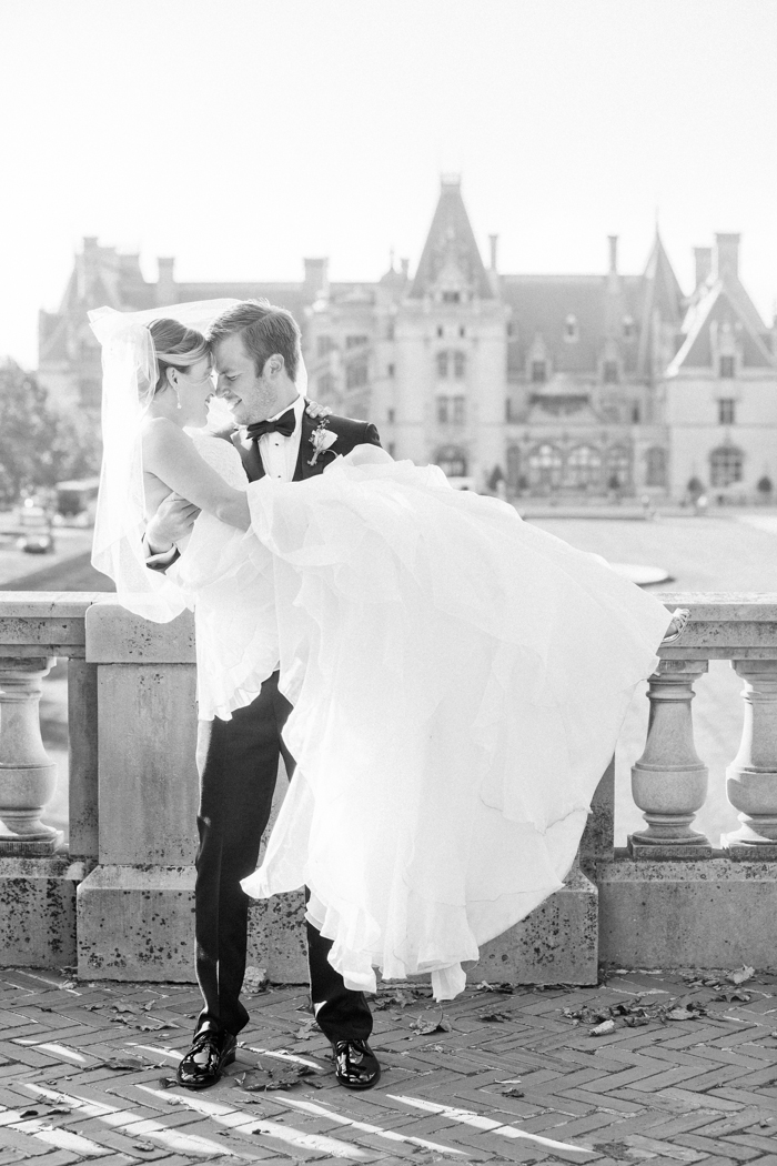 Michelle-March-Photography-Wedding-Photographer-Biltmore-Estate-Asheville-North-Carolina-Romantic-Film-Photo-Vintage-13