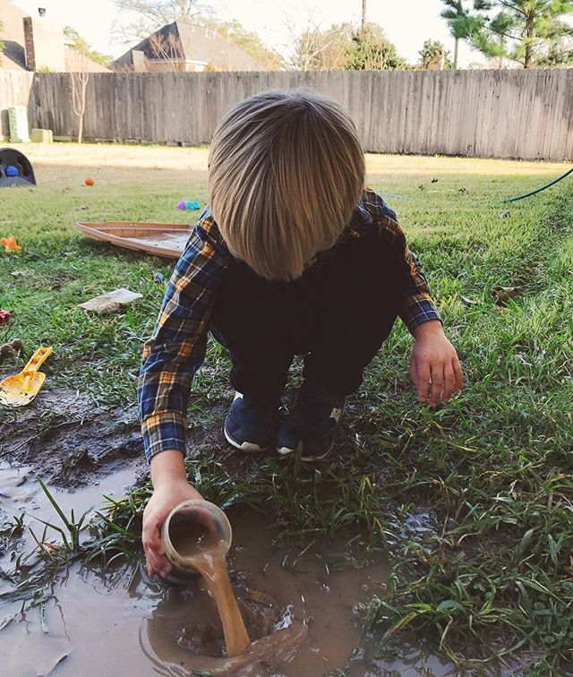 The reason why my floors are never clean. ⠀⠀⠀⠀⠀⠀⠀⠀⠀ They are determined to build a stream. Or trenches. Anything that involves lots and lots of mud. ⠀⠀⠀⠀⠀⠀⠀⠀⠀ Most recent post (always) inspired by them.  Link in profile ⠀⠀⠀⠀⠀⠀⠀⠀⠀