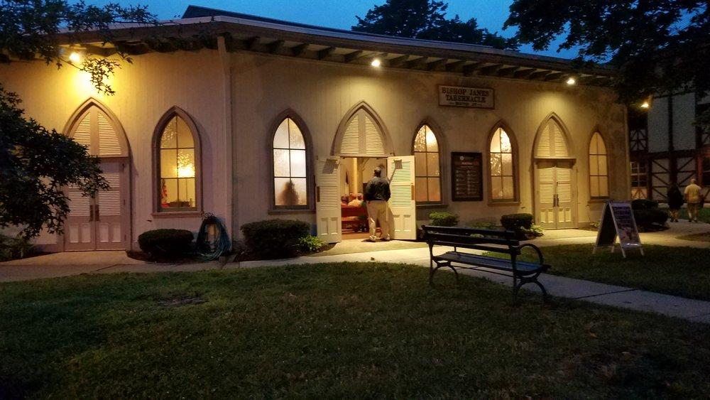 Tabernacle at Night 2017-08-07 20.18.41.jpg