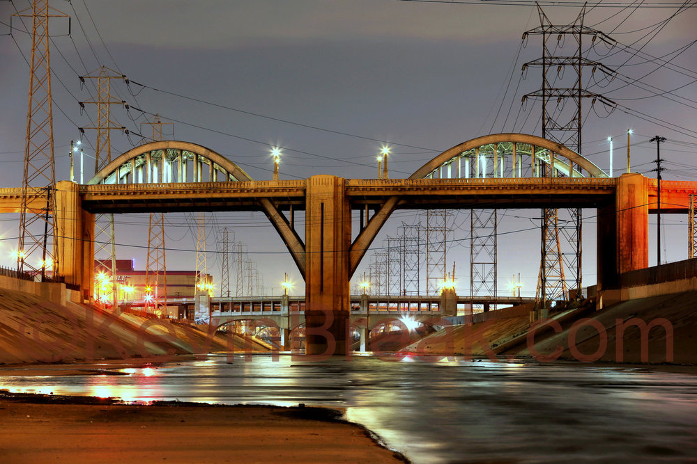 Famous arches of the 6th Street bridge