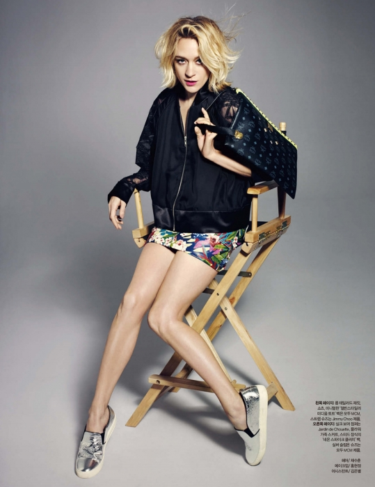 normal_ChloeSev-HarpersBazaarKorea-May2014-015.jpg