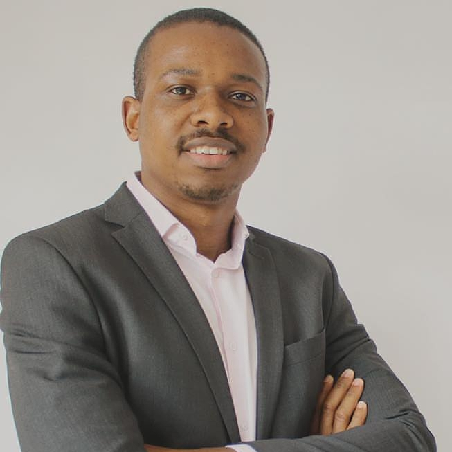 Mpho Dagada  Cryptocurrency Expert & Author