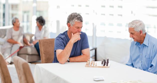 seniors-playing-chess.jpg