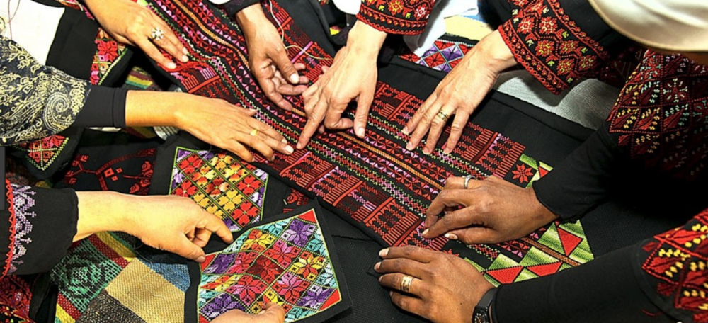ha negev, IL - From Tradition to Appliqué - the rich history of beduin embroidery