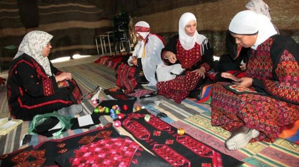 beduin embroidey - HA NEGEV, IL