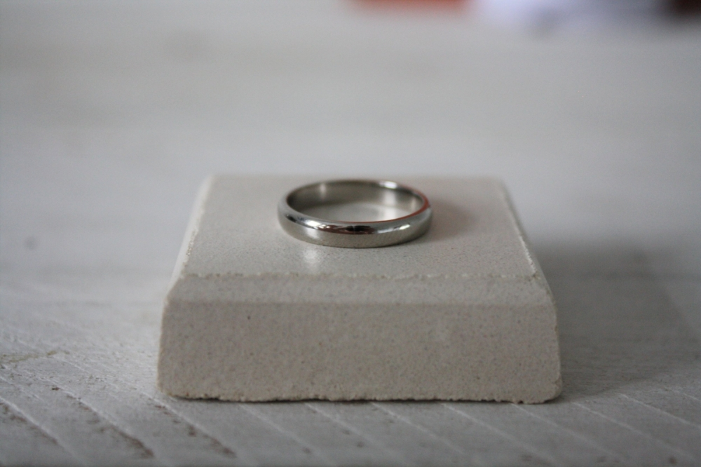 Palladium wedding ring.JPG