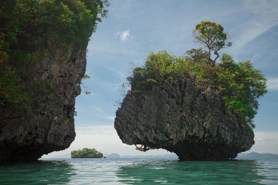 Island_bouldering.jpg