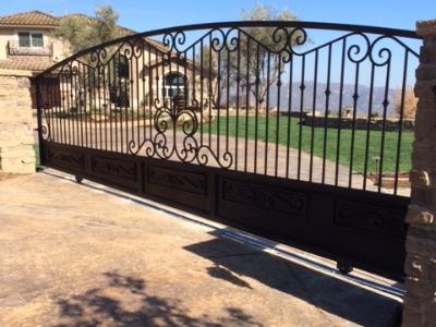 Custom Gates - Professional installation