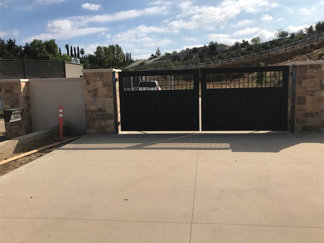 AAV Custom Gates - black2.JPG
