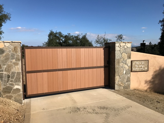 AAV Custom Gates - wood paneling2.JPG