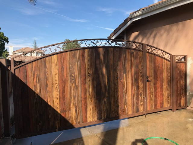 AAV Custom Gates - wood paneling3.JPG