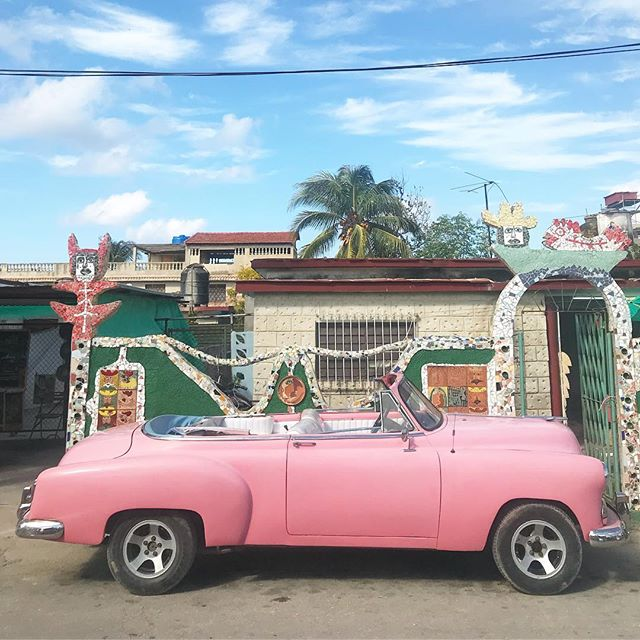 Biked our way into Havana. Maybe learning to love the color pink?