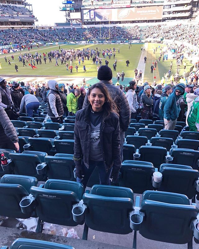Friends, Family, Food and Football #thankfulthanksgiving ⠀⠀⠀⠀⠀⠀⠀⠀⠀ ⠀⠀⠀⠀⠀⠀⠀⠀⠀ ⠀⠀⠀⠀⠀⠀⠀⠀⠀ ⠀⠀⠀⠀⠀⠀⠀⠀⠀ #indian #indianblogger #thoughts #change #livetinted #hobokengirl #mindset #blogger #change #motivation #loveyourself #bossgirlbloggers #theswitch #fall #thanksgiving #mind #life #change #instamood #happy #football #positive #eagles
